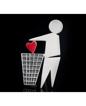"""Handmade Brooch """"Heart in the trash"""""""