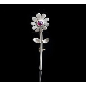 """Handmade Brooch """"Daisy Granada"""""""