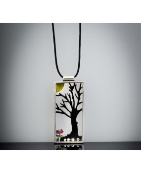 "Handmade necklace ""Tree frame"""