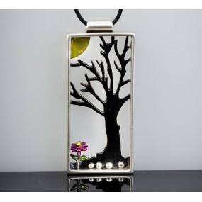 "Handmade necklace ""Tree frame"""