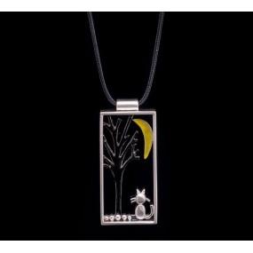 "Handmade necklace ""Cat Frame"""