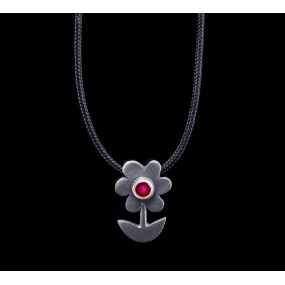 "Handmade necklace ""Black Platinum Daisy"""