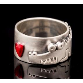 "Handmade ring ""Crocodile heart"""