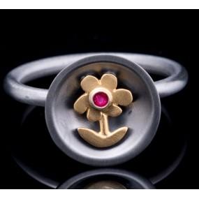 """Handmade ring """"Daisy Bull"""""""
